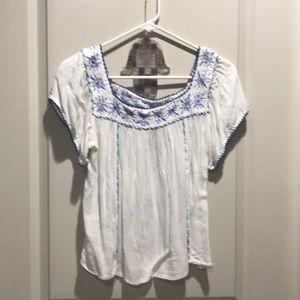 Cute blue & white top